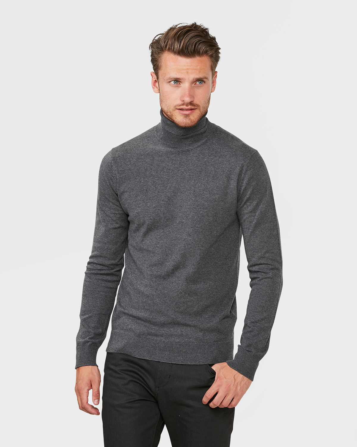 Pull a col roule homme 79422437 we fashion for Pull col roule homme