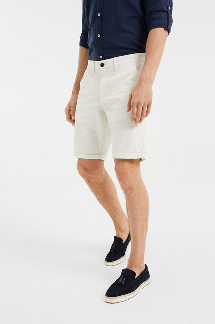 Short chino slim fit homme Écru
