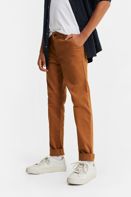 Chino slim fit à structure garçon Cognac